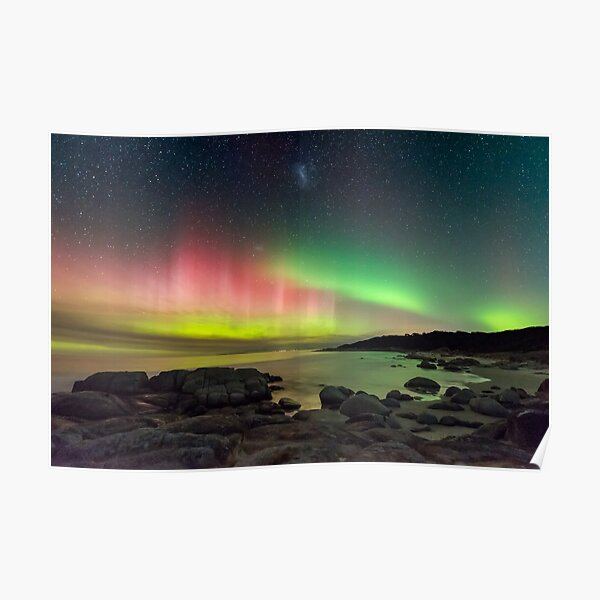 Aurora over Beerbarrel Beach, Tasmania Poster