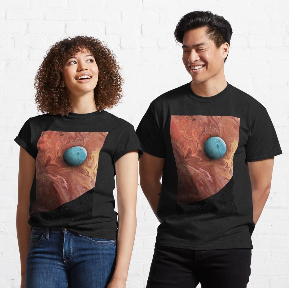 Blue Moon: planet art Classic T-Shirt
