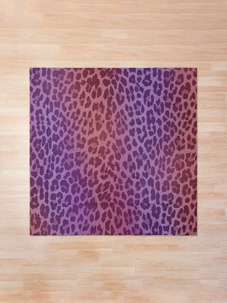 Alternate view of Girly Leopard Cougar Print Comforter
