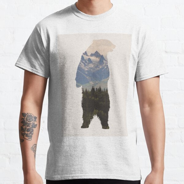 Bear with woodland scene Classic T-Shirt