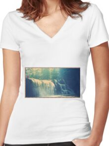 Brush Creek Women's Fitted V-Neck T-Shirt