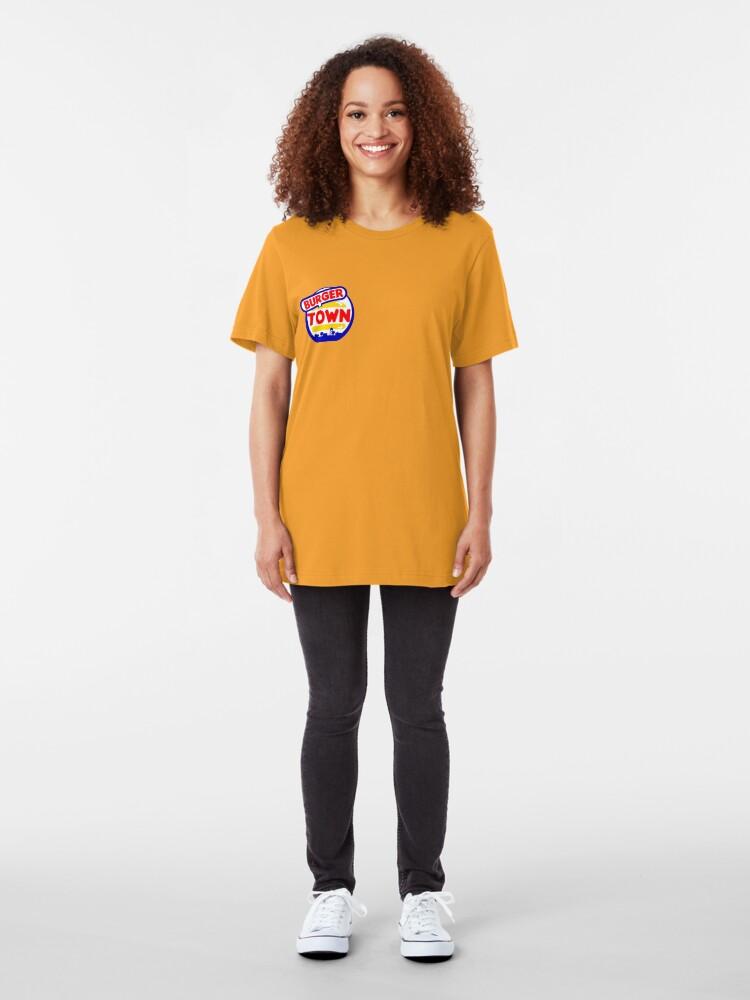 Vista alternativa de Camiseta ajustada Burger Town