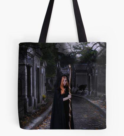 Die Zauberin Tote Bag