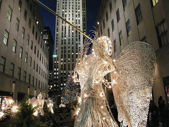 Christmas at Rockefeller Center, New York by lenspiro