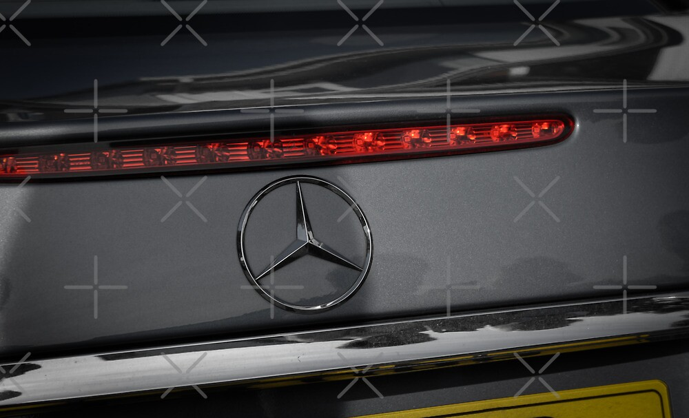 Mercedes Emblem by AndrewBerry