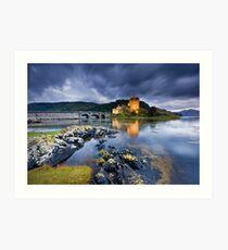 Scotland: Eilean Donan Twilight Art Print