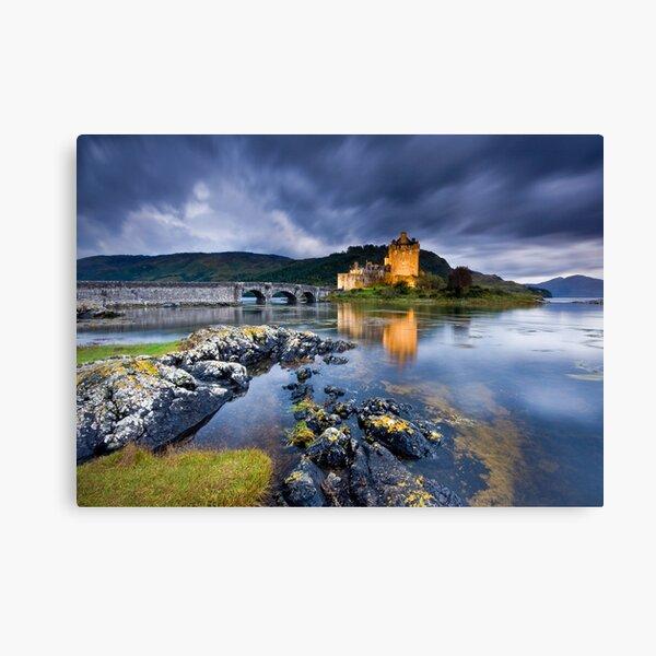Scotland: Eilean Donan Twilight Canvas Print