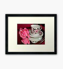 ROSE-CUP Framed Print