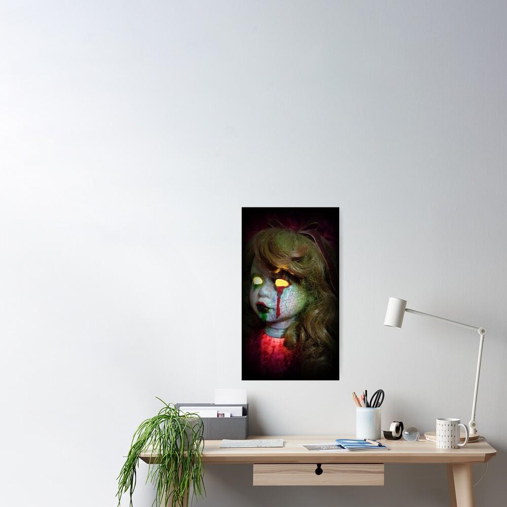 Lady Scream Zombie Horror Doll Head Light Poster