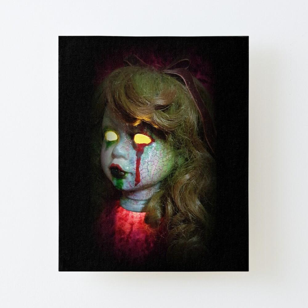 Creepy Screaming Lady Clown Horror Sculpture Zombie Head Pendant