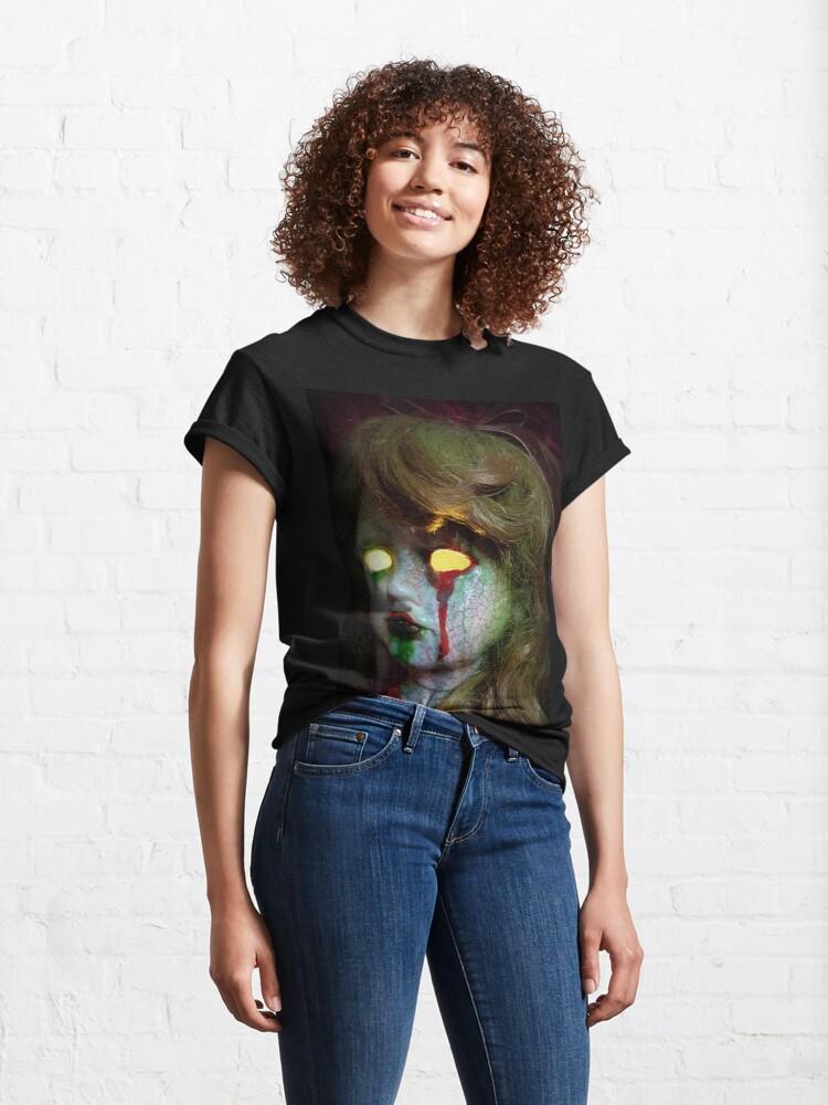 Alternate view of Lady Scream Zombie Horror Doll Head Light Classic T-Shirt