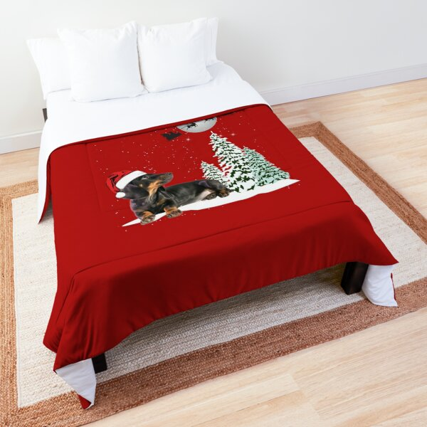 Dachshund Looking at Christmas Reindeer Comforter
