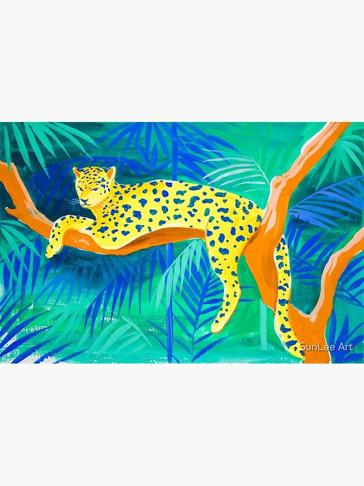 Leopard on Tree by sunleeart