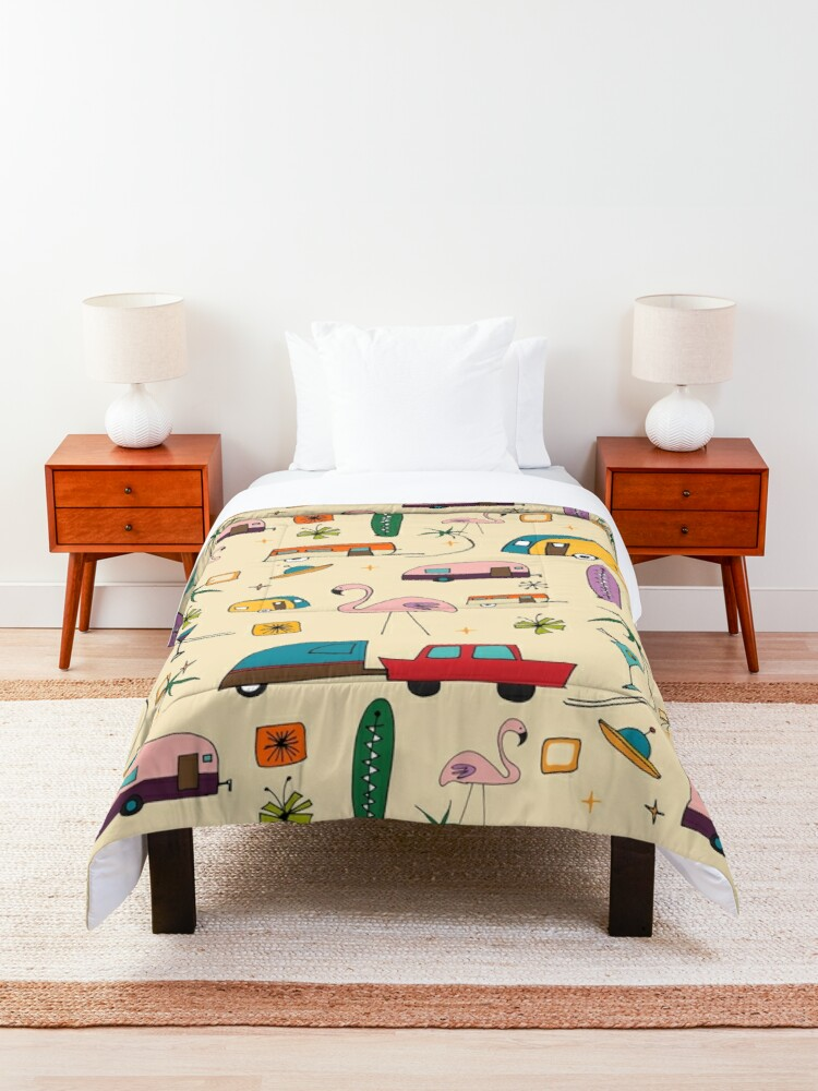 Alternate view of Vintage Kitsch Pearl #midcentury  Comforter