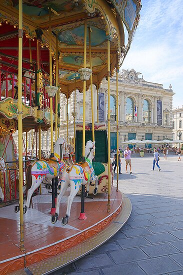 Merry go Round in Montpellier, France by 7horses