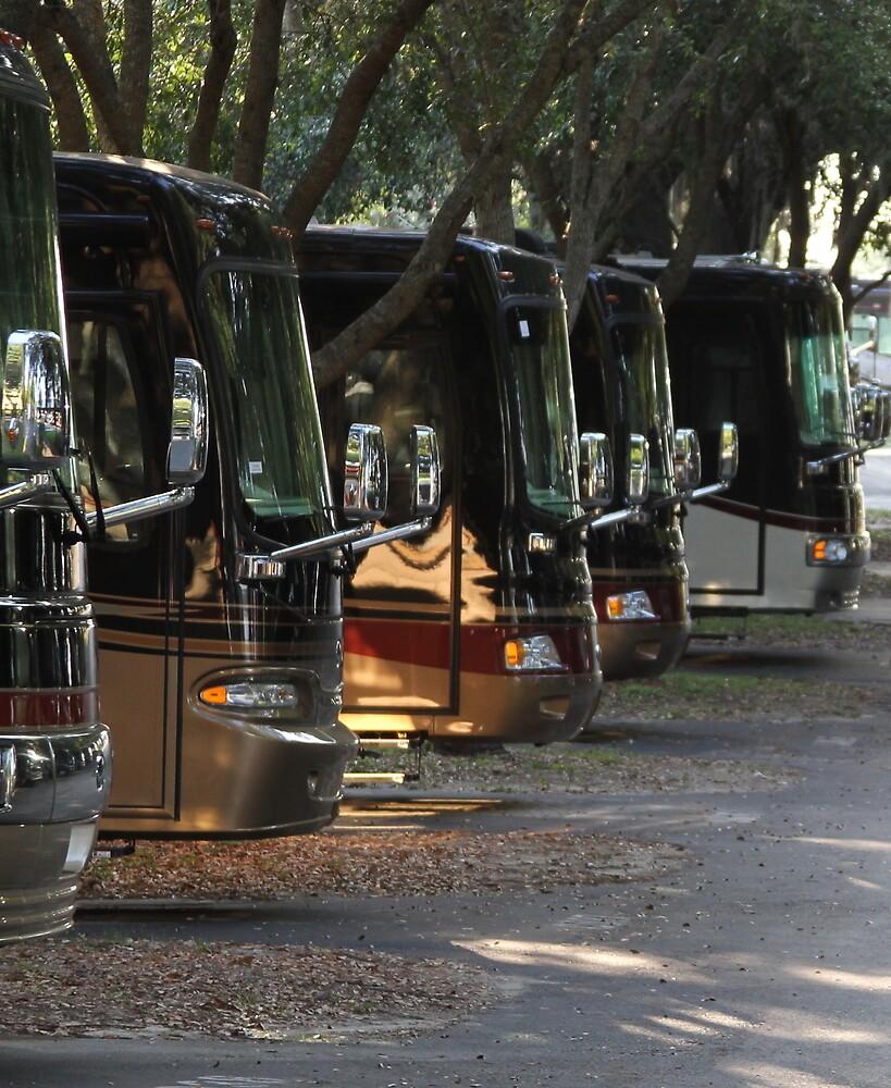 Big Rig Motorcoach by Sam Matzen
