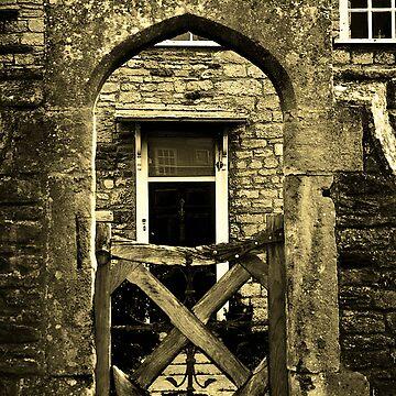 Close Gate by pursuits