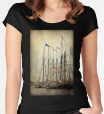 Tall Ships Women's Fitted Scoop T-Shirt