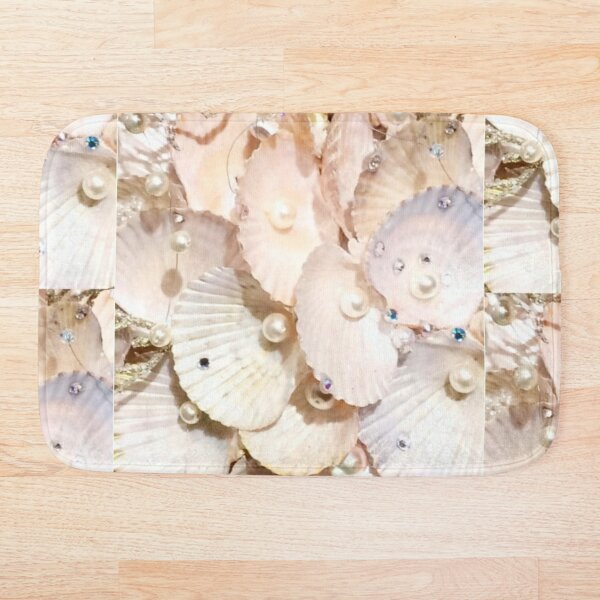 Sea Shells & Pearls Bath Mat