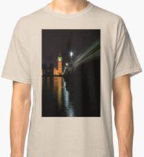 Big Ben at night Classic T-Shirt