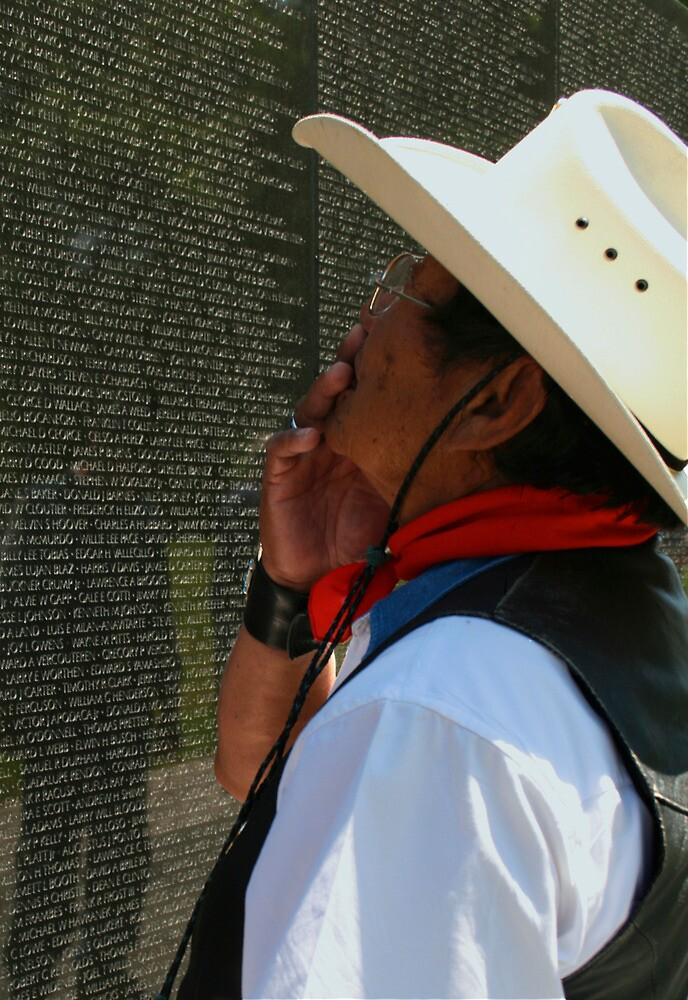 The Vietnam Wall 4423 by Mart Delvalle