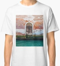While in Venice Classic T-Shirt