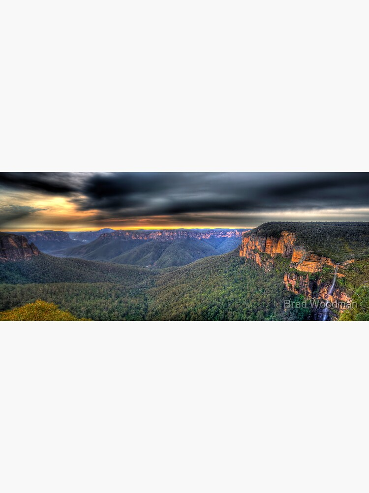 Govetts Leap Sunrise Panorama by Kabranty