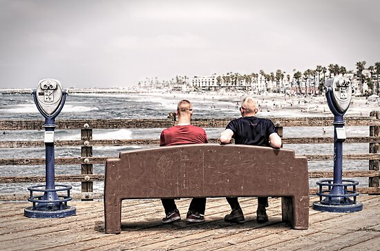 Oceanside Pier by Philip Cozzolino