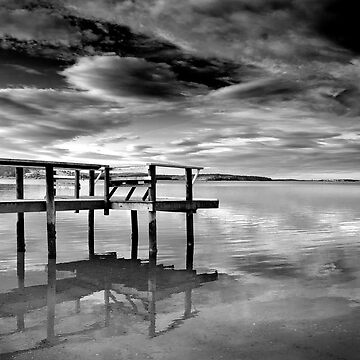 St Helens Jetty  by vicpug