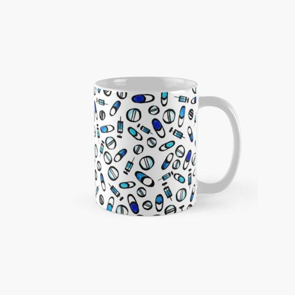 medical motif - syringes and pills Classic Mug