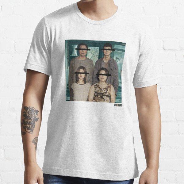 not parasite movie family Essential T-Shirt