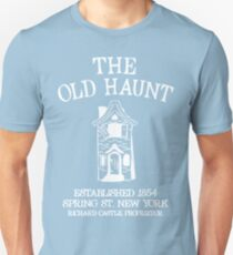 CASTLE'S BAR THE OLD HAUNT T-Shirt