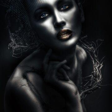 Laura by Muirart