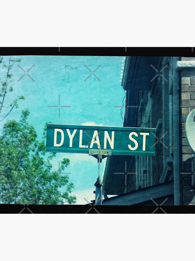 Dylan  by PicsByMi