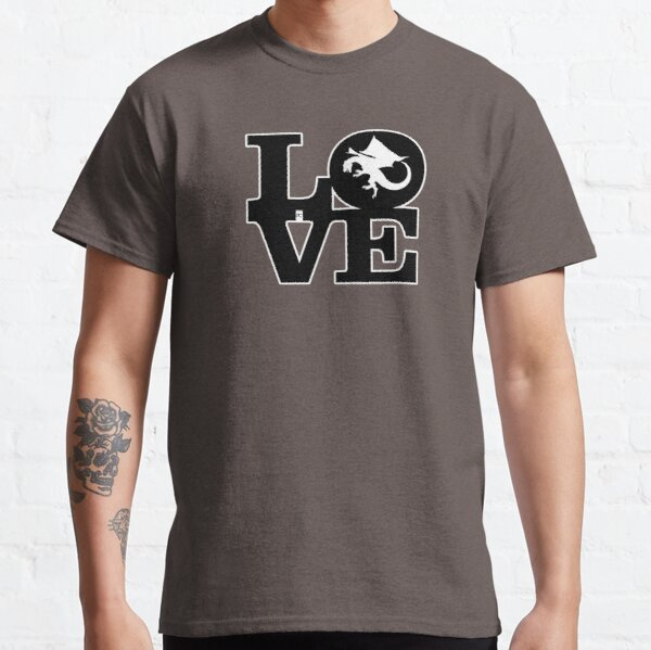Love Dragons Classic T-Shirt