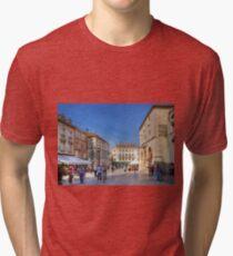 Narodni Trg Tri-blend T-Shirt