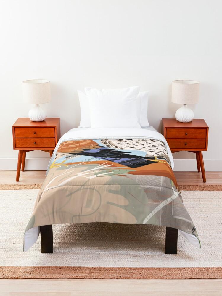 Alternate view of Lesser kestrel Comforter
