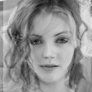 Beauty by  Comodity by Edibl3leper