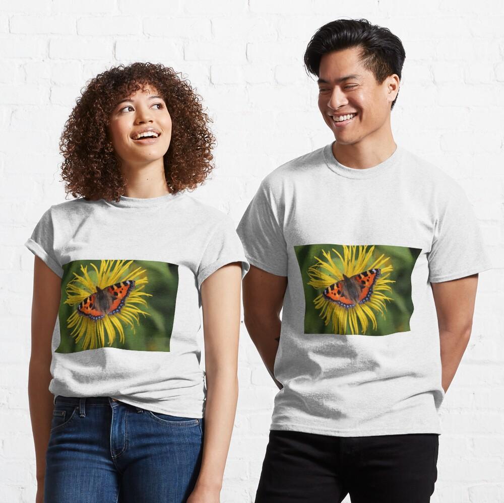 Small tortoiseshell Classic T-Shirt