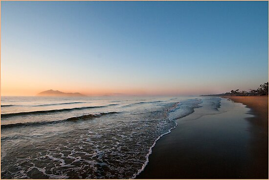 Sunrise over Dunk Island by Susan Kelly