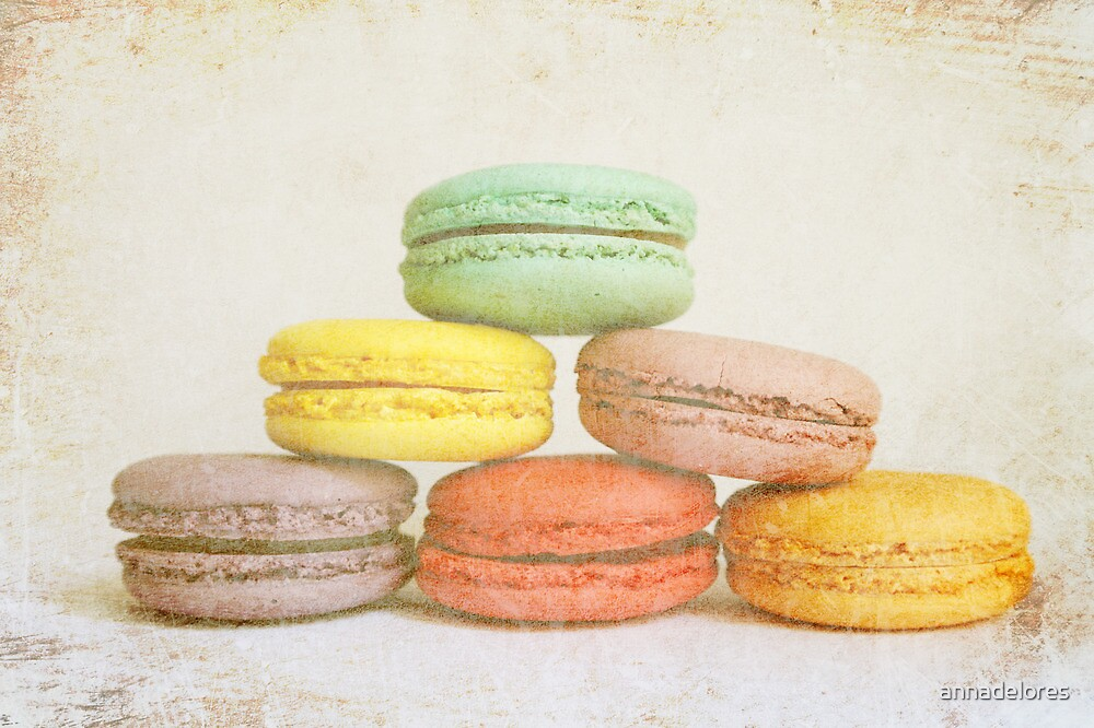 Parisian Macaroons by annadelores