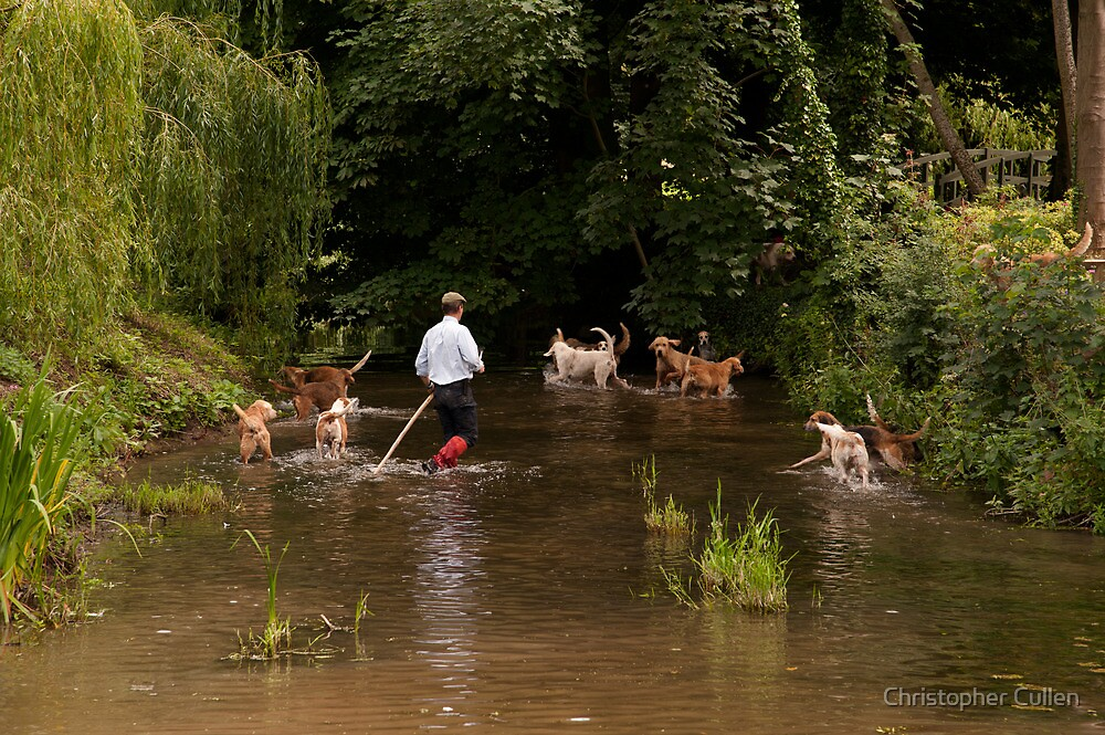 Mink Hunt setting off by Christopher Cullen