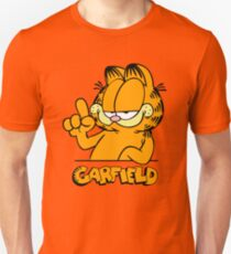 Garfield Presents Funny T-Shirt