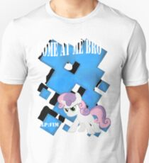 Come at Me Bro Sweetie Belle Final. T-Shirt