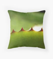 spiked I Throw Pillow