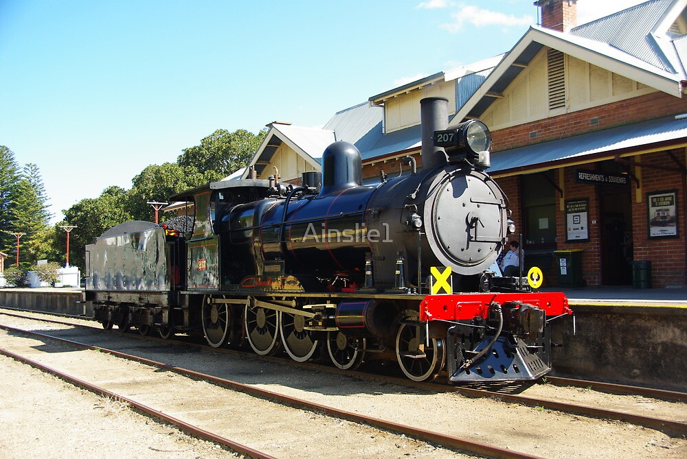 207 Steam Engine at Victor Harbour Station by Alison Murphy