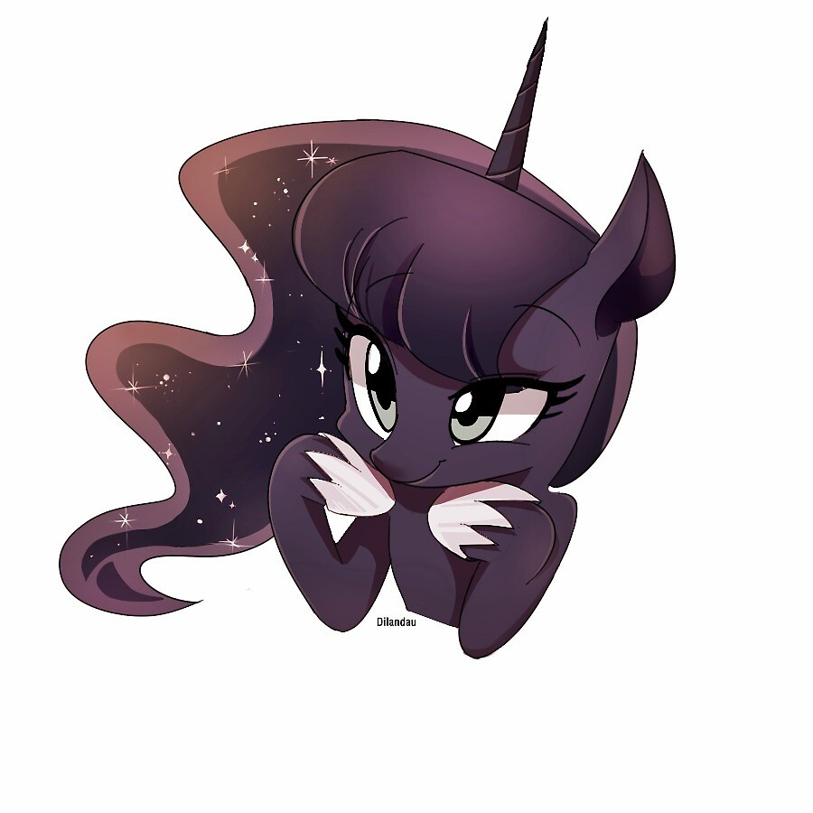 Interested Luna by RAGINSKITTLES