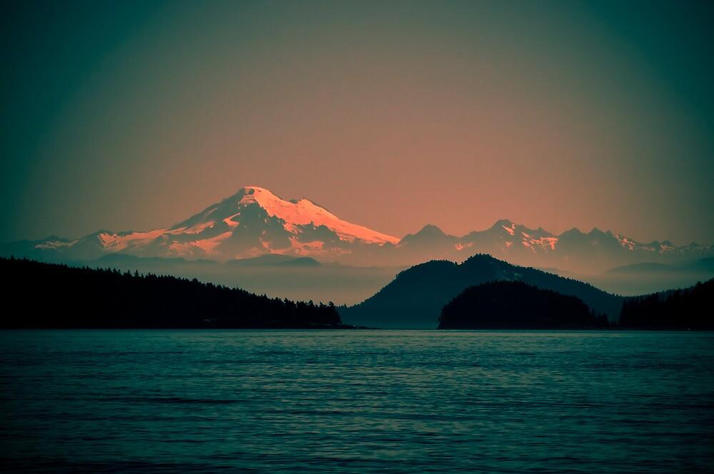 Mount Baker, Washington by Lynnette Peizer