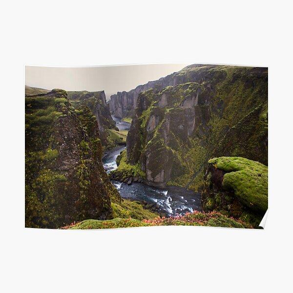 The Fjaðrárgljúfur canyon Poster