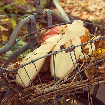 Autumn Pointe by SeekingDivinity
